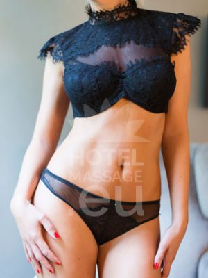 Erotic massage Barcelona Lucía